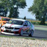 A Škoda is beállt az Apex Racing mögé!